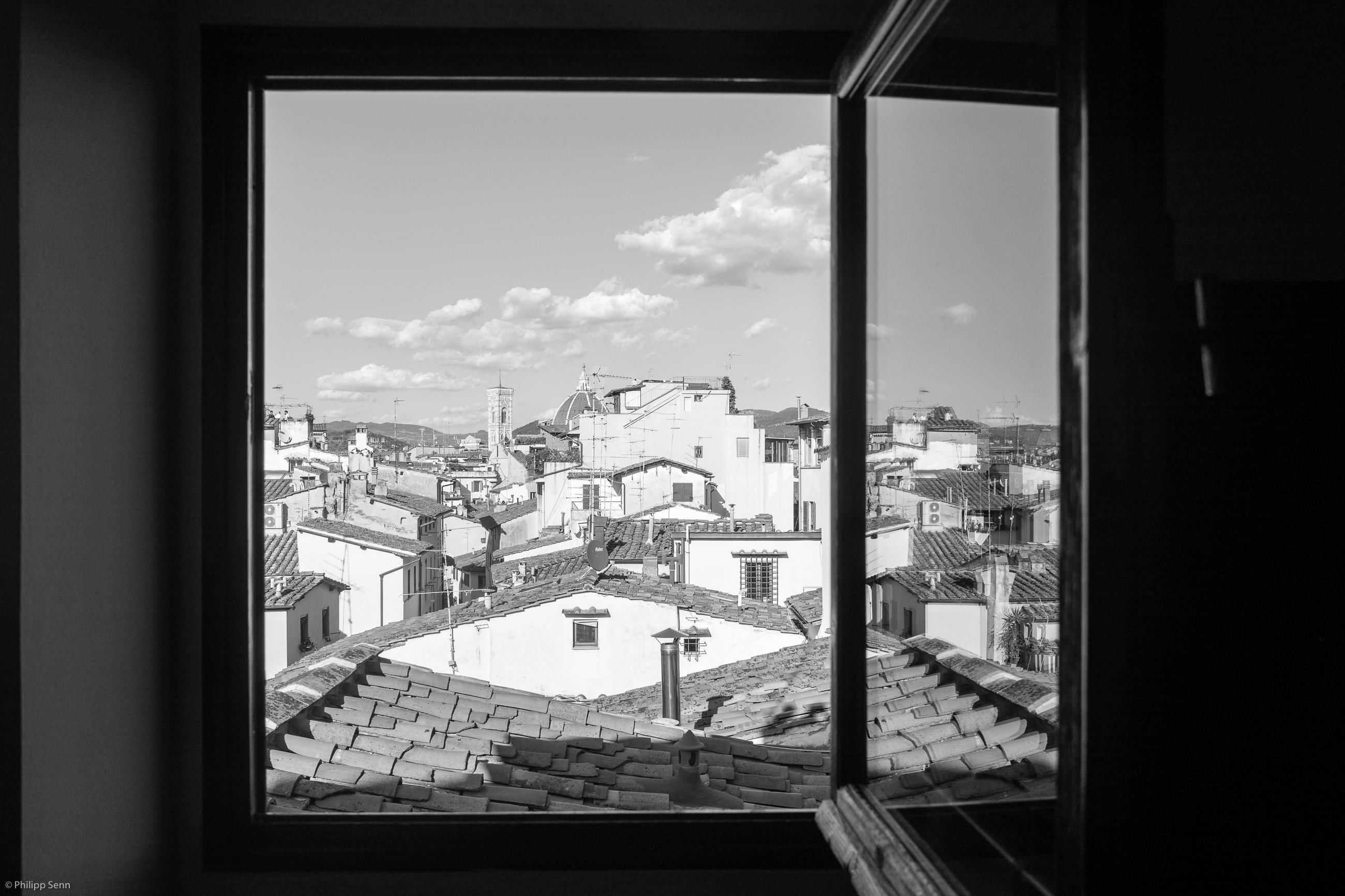 © Philipp Senn. 2016. Piazza dei Pitti.